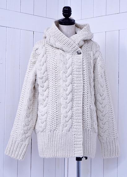 手編みフードコート